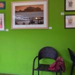 ビビットカラーのカフェ